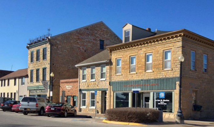 Stone structures, Group documents historic buildings | Courier Press