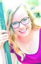 Top scholar Jenna Jansen is Central's valedictorian